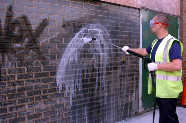 graffiti removal in surprise